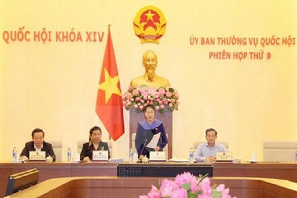 Chủ tịch Quốc hội Nguyễn Thị Kim Ngân chủ trì và phát biểu bế mạc Phiên họp thứ 9 của Ủy ban Thường vụ Quốc hội khóa XIV - Ảnh: TTXVN