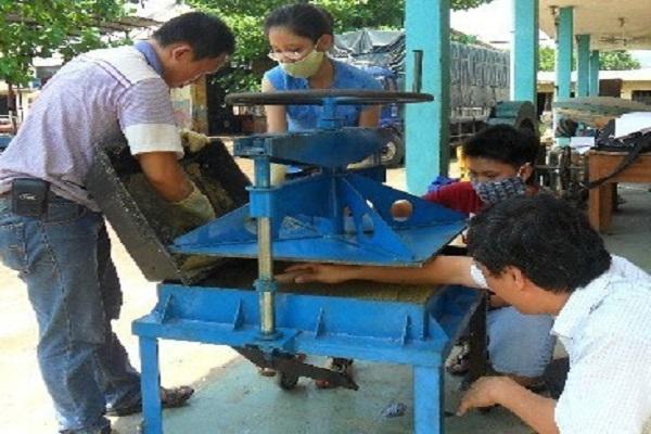 Sản xuất panel cách nhiệt từ phế phẩm nông nghiệp