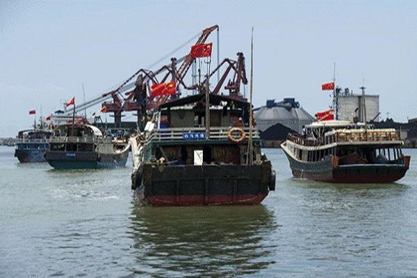 Hội Nghề cá: Cần biện pháp mạnh chặn tàu Trung Quốc ra Trường Sa
