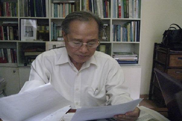 GS.TS Nguyễn Ngọc Kính tại phong làm việc