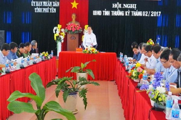 Đồng chí Hoàng Văn Trà phát biểu chỉ đạo tại hội nghị - Ảnh: THỦY TIÊN