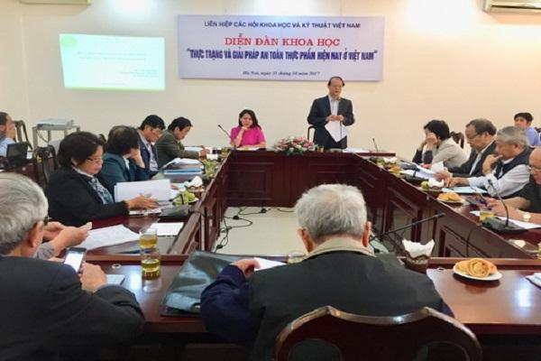 Ông Phạm Văn Tân, PCT kiêm TTK LHHVN khai mạc Diễn đàn