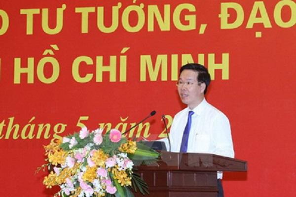 Ông Võ Văn Thưởng, Ủy viên Bộ Chính trị, Bí thư Trung ương Đảng, Trưởng Ban Tuyên giáo Trung ương đến dự và phát biểu - Ảnh: TTXVN