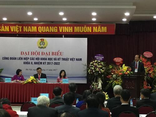 Ông Phạm Văn Tân – Phó Chủ tịch kiêm Tổng thư ký Liên hiệp Hội Việt Nam phát biểu chỉ đạo Đại hội