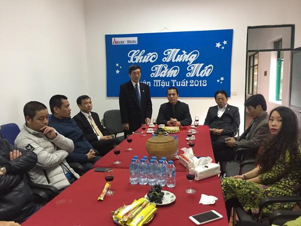 Lãnh đạo Liên hiệp Hội Việt Nam thăm và chúc tết các cơ quan báo chí