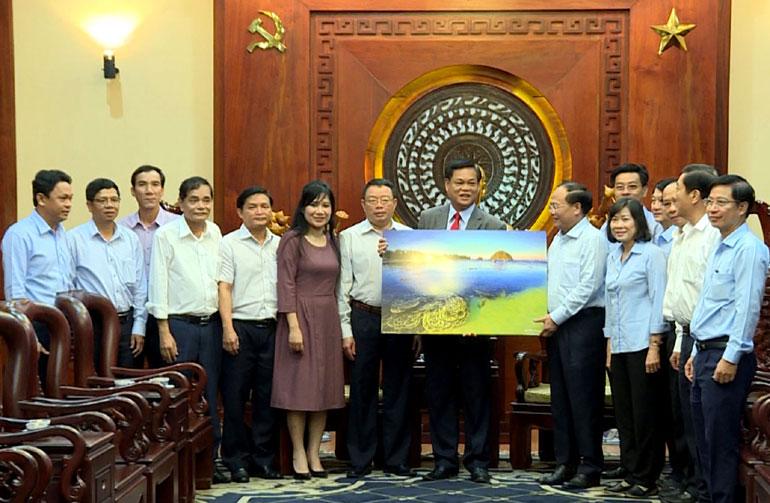 Lãnh đạo tỉnh thăm và làm việc tại TP Hồ Chí Minh