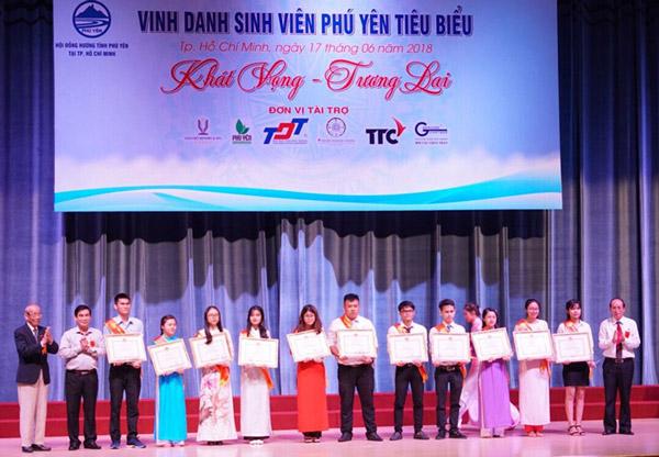 Vinh danh sinh viên Phú Yên tiêu biểu tại TP Hồ Chí Minh