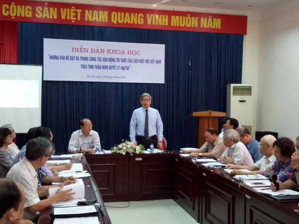 GS.TSKH. Đặng Vũ Minh phát biểu khai mạc diễn đàn