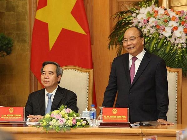 Thủ tướng Nguyễn Xuân Phúc gặp mặt các diễn giả, doanh nghiệp tham dự Diễn đàn 4.0