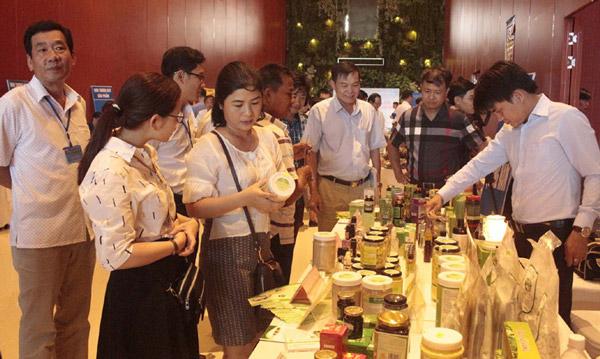 Kết nối cung cầu, thúc đẩy tiêu thụ hàng Việt