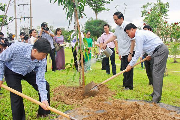 Chủ tịch nước Trần Đại Quang với Phú Yên