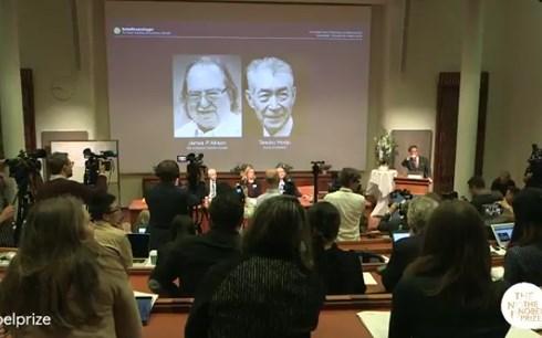 Giải Nobel Y học năm 2018 được trao cho công trình nghiên cứu ung thư