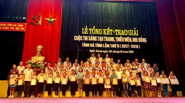 Hà Tĩnh: Vinh danh 30 công trình sáng tạo thanh thiếu niên, nhi đồng