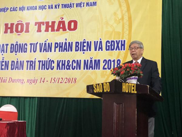 GS TSKH Đặng Vũ Minh – Chủ tịch Liên hiệp Hội Việt Nam phát biểu khai mạc hội thảo
