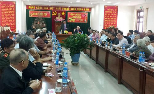 Thường trực Tỉnh ủy gặp mặt, chúc Tết các đồng chí nguyên lãnh đạo tỉnh