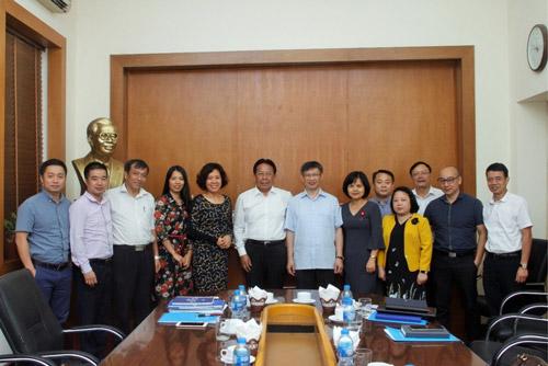 Ban Đối ngoại Trung ương Đảng làm việc với Liên hiệp các Hội Khoa học và Kỹ thuật Việt Nam