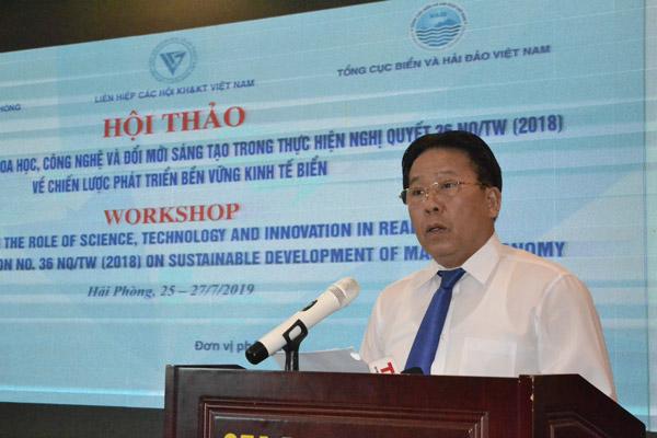 TSKH Nghiêm Vũ Khải – Đại biểu Quốc hội, Phó chủ tịch Liên hiệp Hội Việt Nam phát biểu khai mạc hội thảo