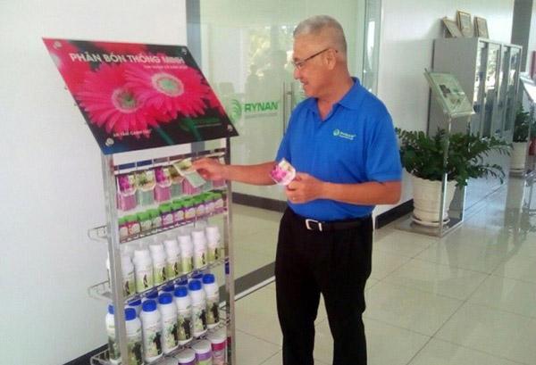 Tiến sĩ Việt kiều có 200 bằng sáng chế về nông nghiệp