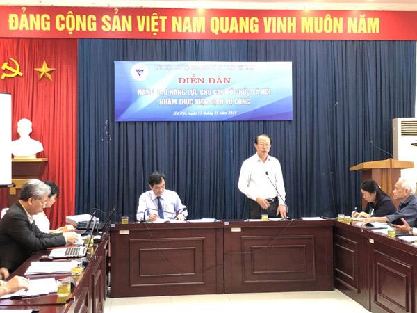 TS Phạm Văn Tân – Phó chủ tịch kiêm Tổng thư ký Liên hiệp Hội Việt Nam phát biểu khai mạc