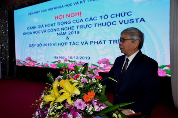 GS.TSKH Đặng Vũ Minh – Chủ tịch Liên hiệp Hội Việt Nam phát biểu khai mạc