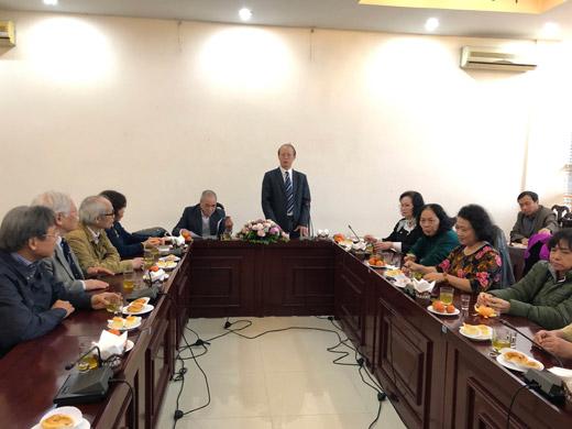 Phó chủ tịch kiêm Tổng thư ký Phạm Văn Tân chia sẻ tại buổi gặp mặt