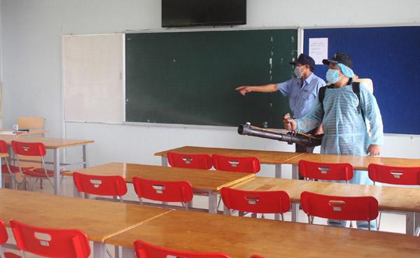 Ứng phó vi rút Corona trong trường học