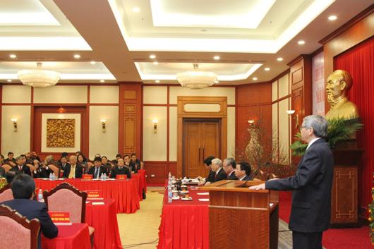 Chủ tịch LHHVN Đặng Vũ Minh phát biểu tại buổi Lễ: Lãnh đạo Đảng, Nhà nước gặp mặt trí thức LHHVN (tháng 2/2018)