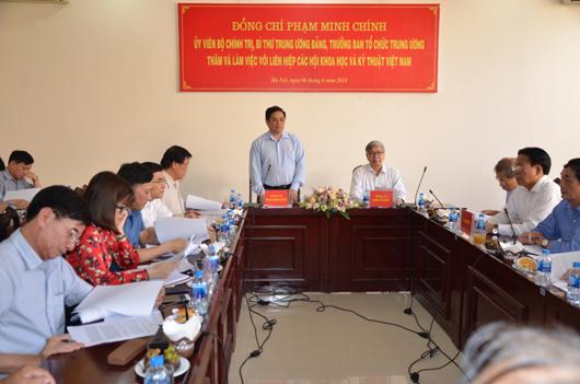 UVBCT, Bí thư TW Đảng, Trưởng Ban Tổ chức Trung ương Phạm Minh Chính làm việc với LHHVN tháng 6/2018