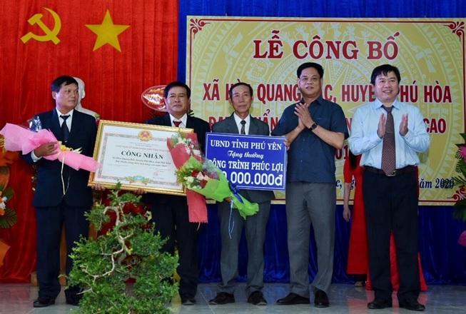 Công bố xã Hòa Quang Bắc – xã đầu tiên đạt chuẩn nông thôn mới nâng cao