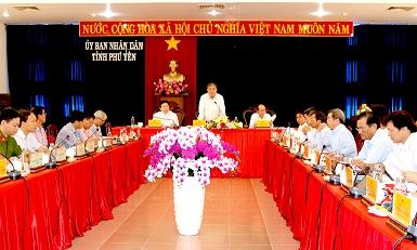 Phó Chủ tịch thường trực UBND tỉnh Nguyễn Chí Hiến kết luận tại hội nghị. Ảnh: THẾ NHƠN