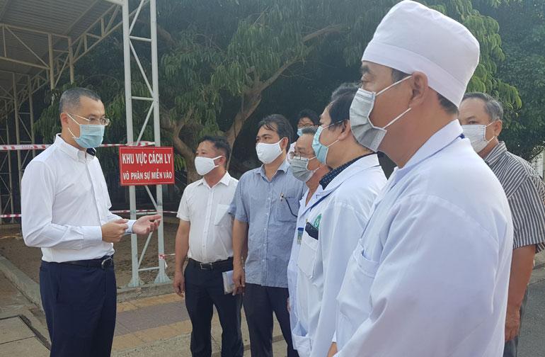 Chủ tịch UBND tỉnh Phú Yên Phạm Đại Dương: Phòng chống COVID-19 bằng mọi biện pháp kiên quyết nhất