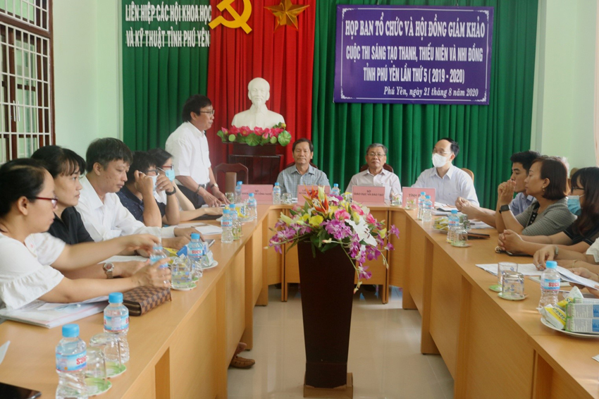 Họp Ban Tổ chức và Hội đồng giám khảo Cuộc thi lần thứ 5