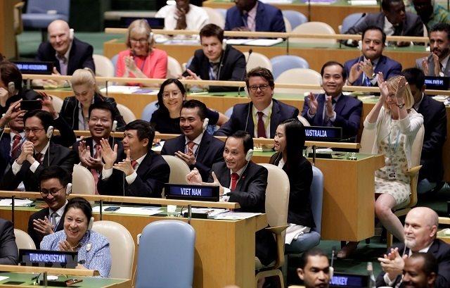 Nhận thức và giải quyết mối quan hệ giữa độc lập, tự chủ và hội nhập quốc tế