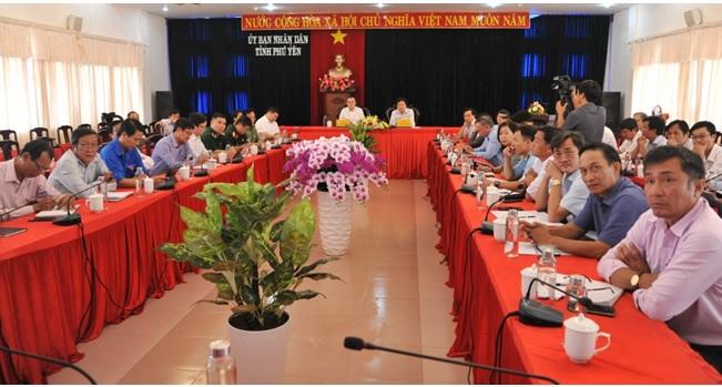 Các địa phương dừng tổ chức hội họp, chủ động ứng phó bão số 8 và số 9