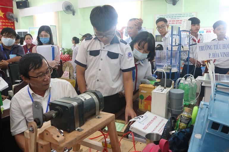 Nhiều sản phẩm sáng tạo của học sinh mang hơi thở cuộc sống