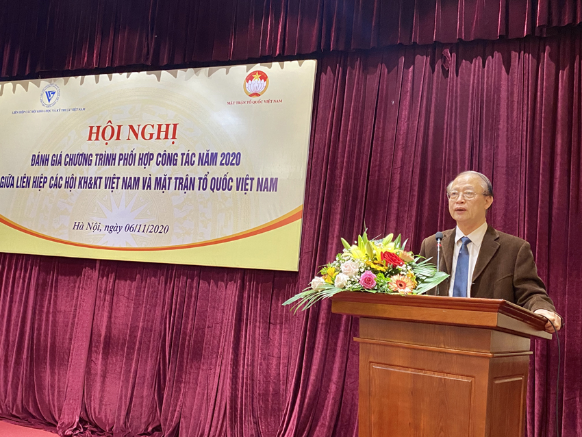 Ông Phạm Văn Tân – Phó chủ tịch kiêm Tổng thư ký Liên hiệp Hội Việt Nam