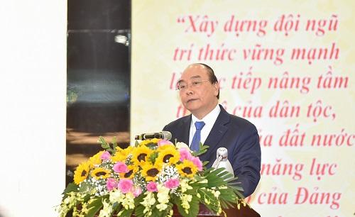 Thủ tướng Nguyễn Xuân Phúc phát biểu tại Đại hội – Ảnh: VGP/Quang Hiếu