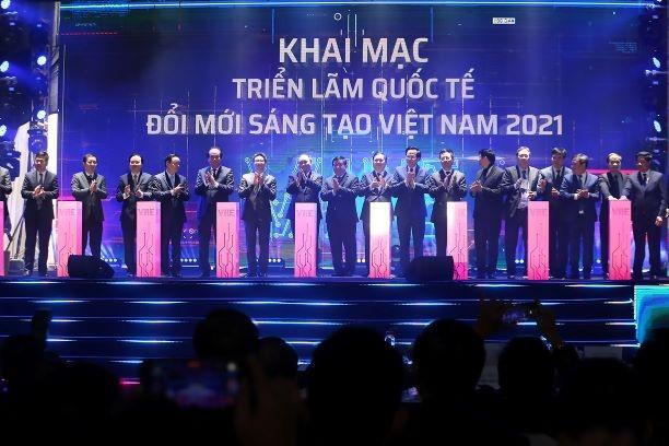 Thủ tướng nhấn nút khởi công xây dựng Trung tâm Đổi mới sáng tạo quốc gia và khai mạc Triển lãm quốc tế đổi mới sáng tạo Việt Nam 2021
