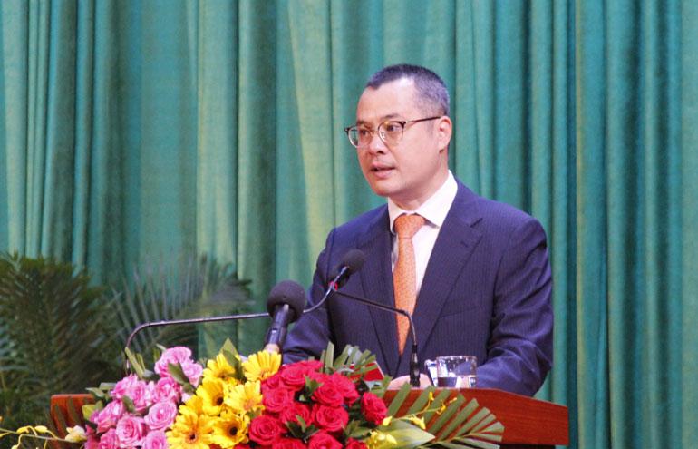 Bí thư Tỉnh ủy Phạm Đại Dương phát biểu tại lễ mít tinh kỷ niệm - Ảnh: TRẦN QUỚI