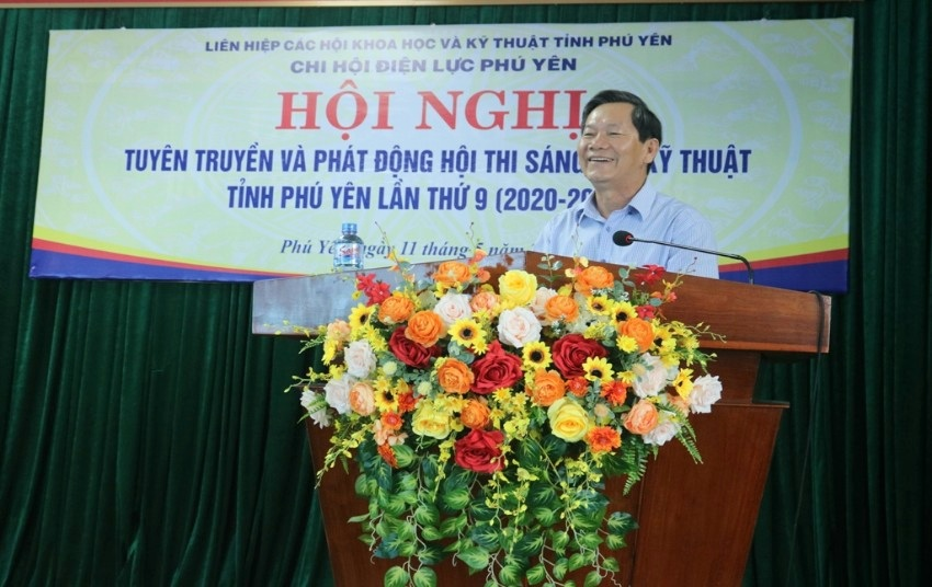 Ông Nguyễn Văn Khoa: Chủ tịch Liên hiệp Hội Phú Yên, phát biểu tại Hội nghị tuyên truyền ở Công ty Điện lực Phú Yên